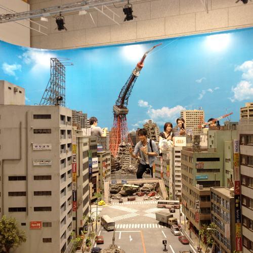 Tokusatsu2012072302