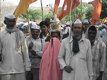 India2006041323